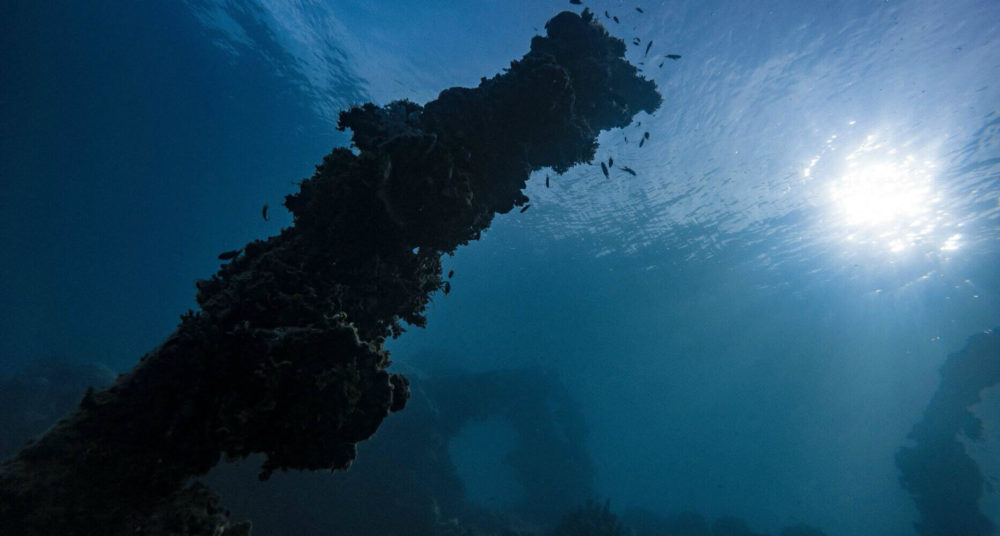 pollution-underwater