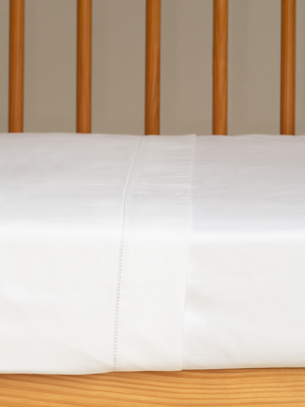 Details of Marialma's White Sensitive Zinc Cot Bed Sheet Set