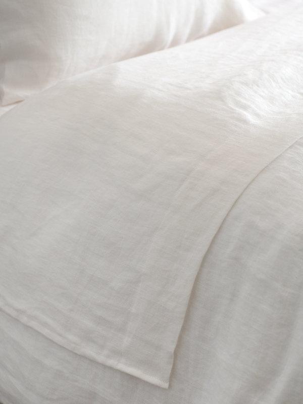 Detail of Marialma's Off White Hemp Flat Sheet