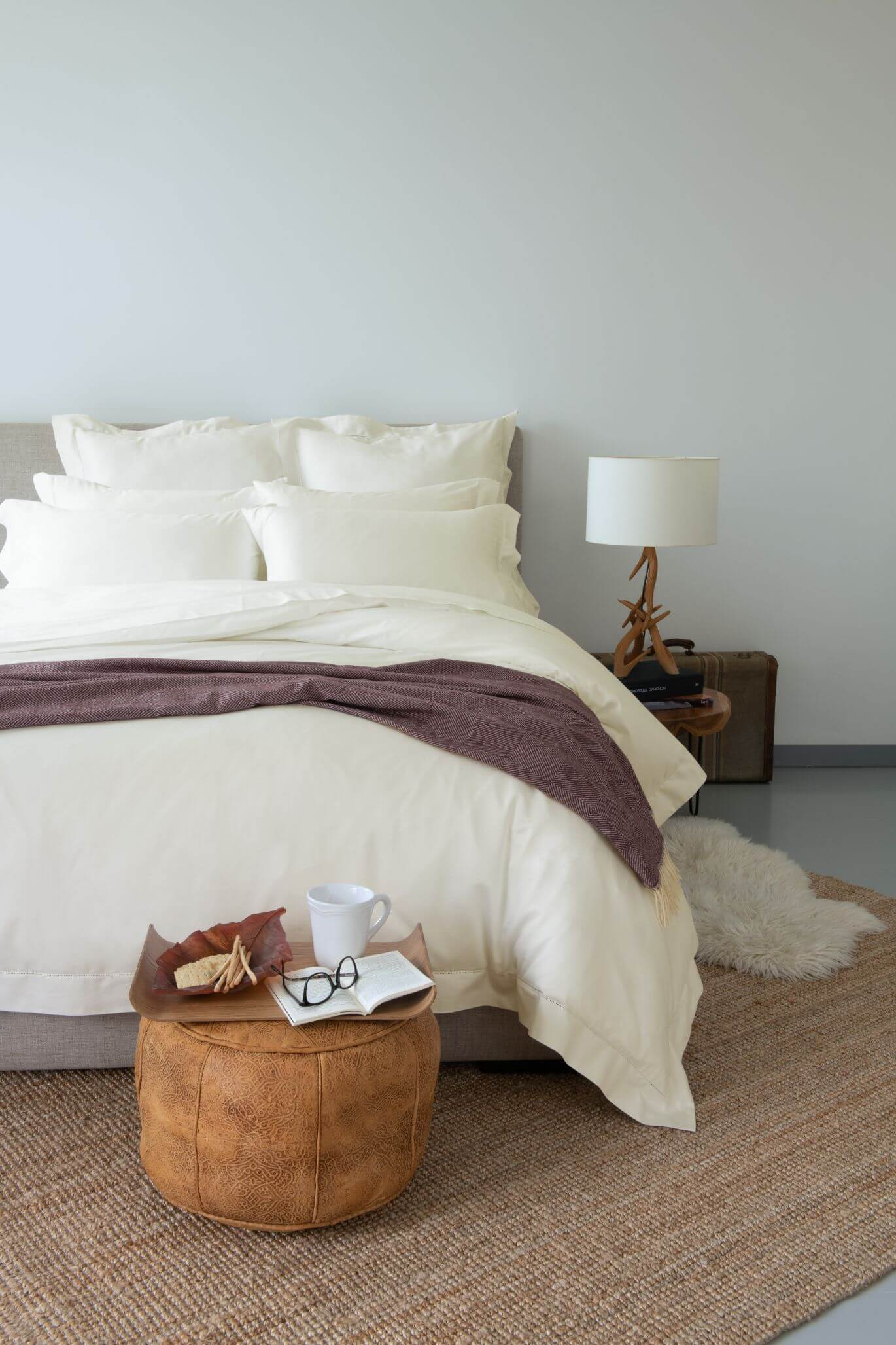 Marialma's Ivory bed sheets in a sustainable bedroom